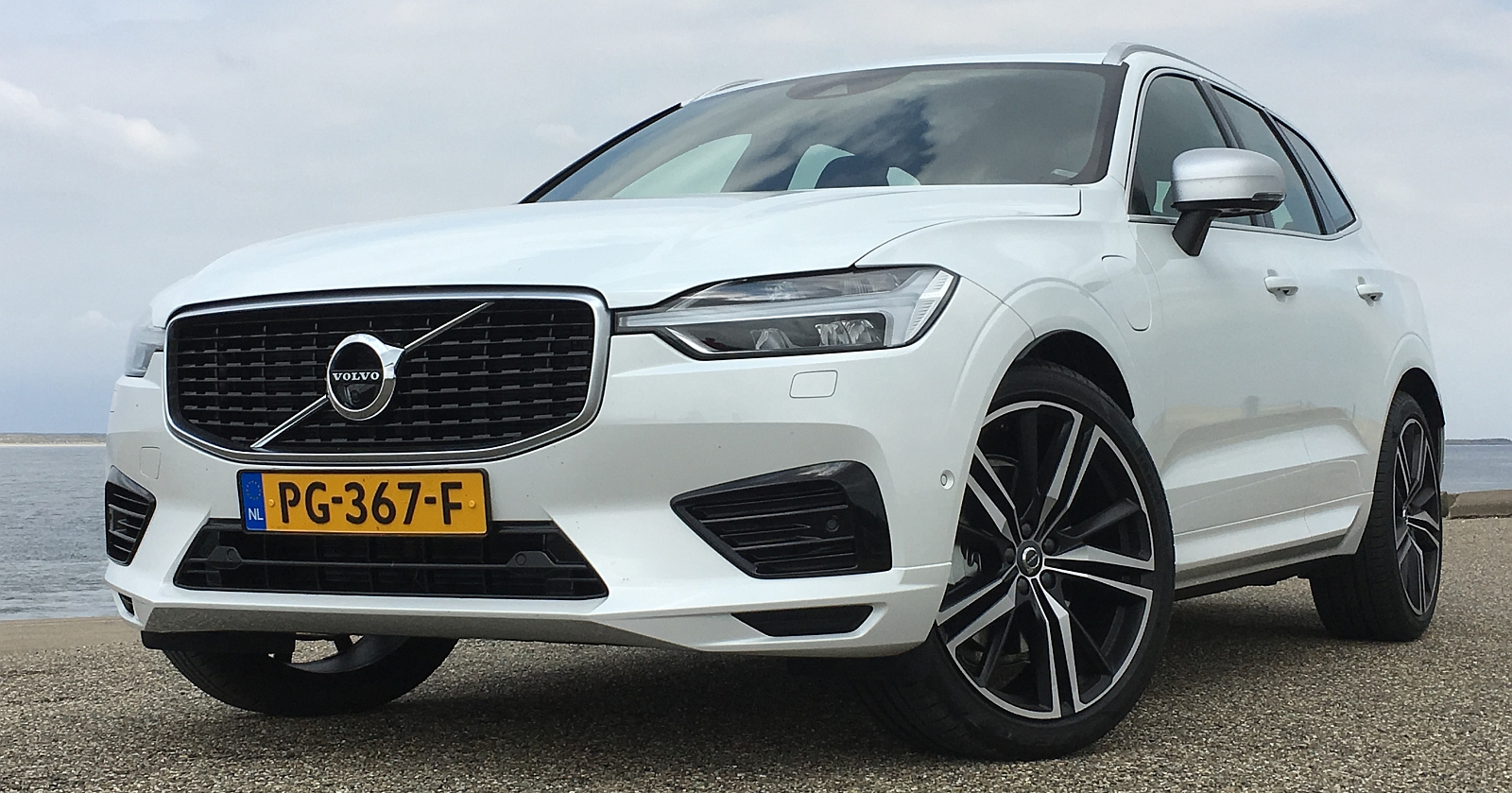 autotest volvo xc60 2017 hoe goed is 39 ie. Black Bedroom Furniture Sets. Home Design Ideas