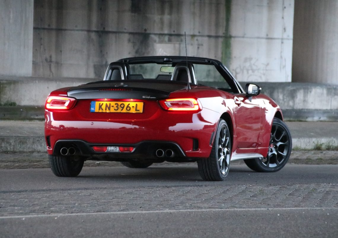 autotest abarth 124 spider 1 4 multiair turbo. Black Bedroom Furniture Sets. Home Design Ideas