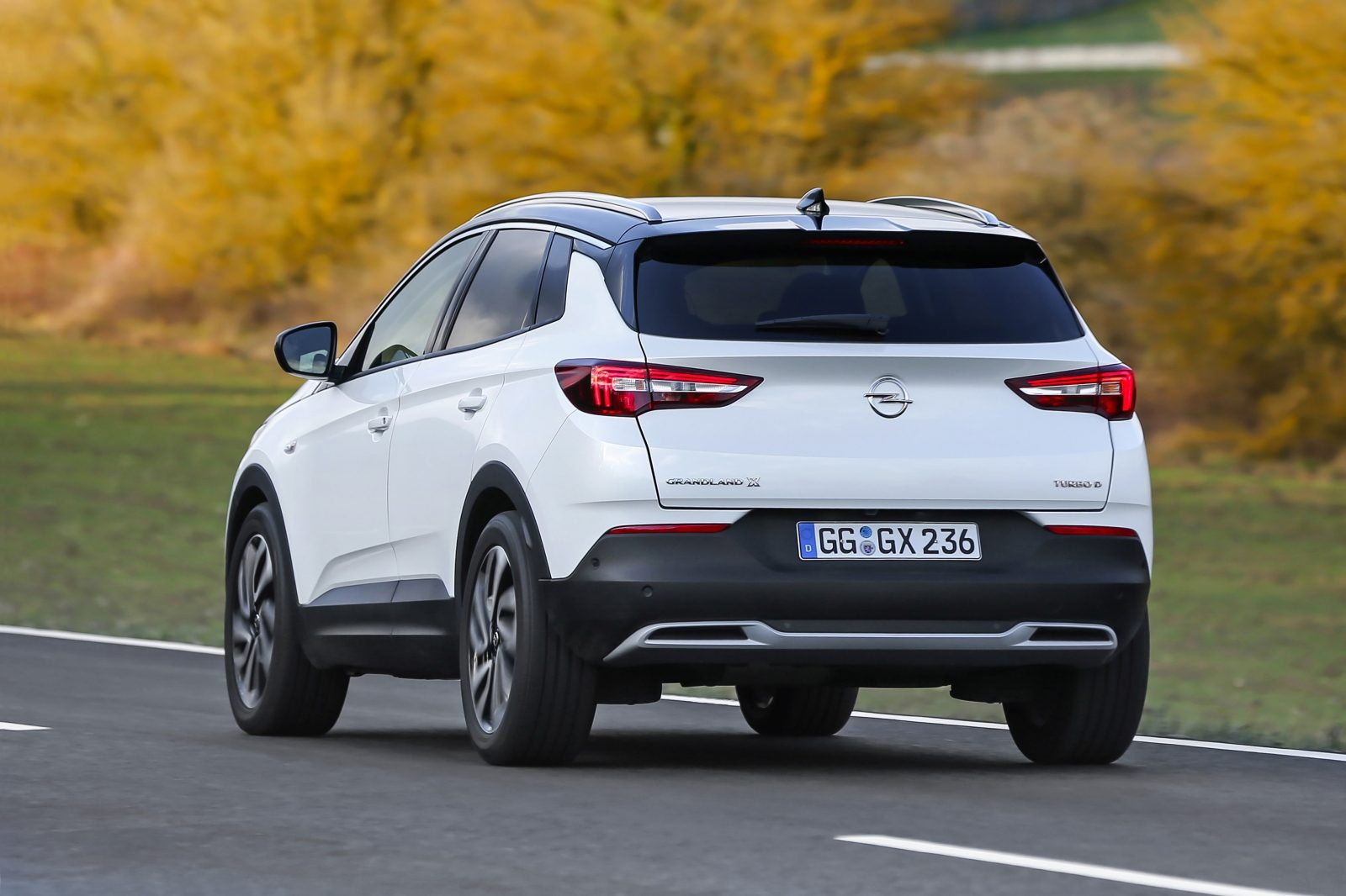 autotest opel grandland x 2 0 cdti ultimate. Black Bedroom Furniture Sets. Home Design Ideas