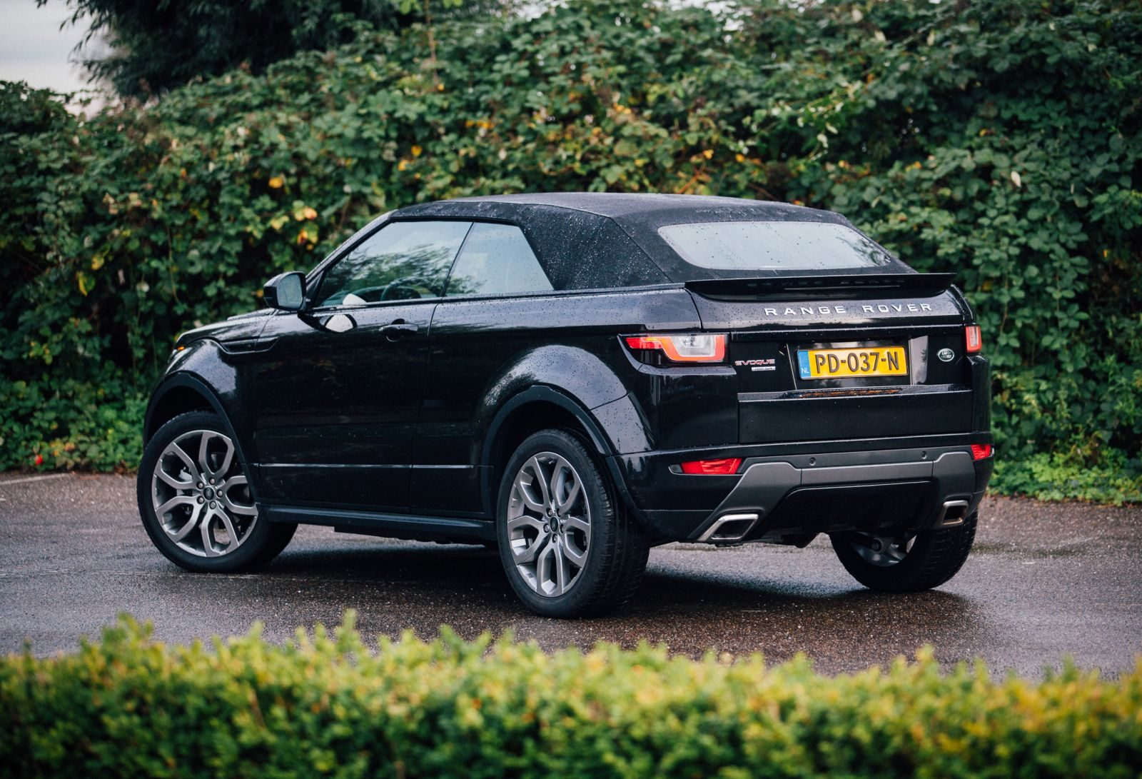 autotest range rover evoque cabrio 2017. Black Bedroom Furniture Sets. Home Design Ideas