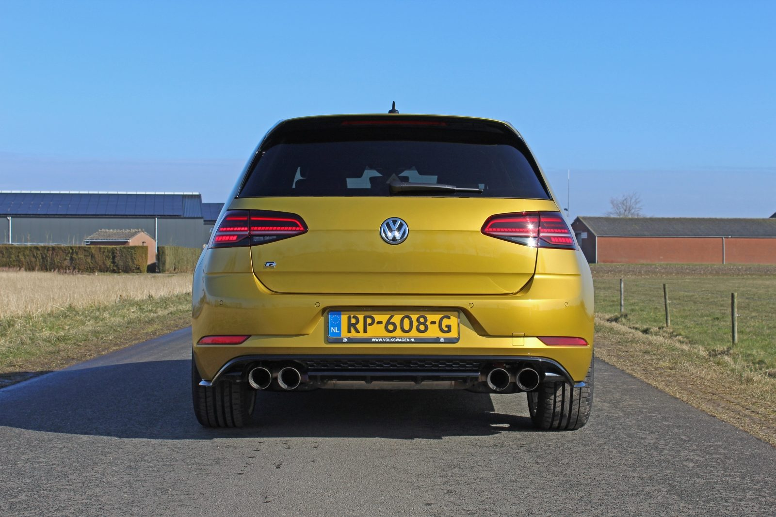Autotest Volkswagen Golf R Met Performance Upgrades 2018