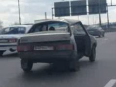 Wrecked LADA