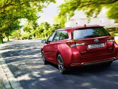 Toyota Auris Touring Sports 2017