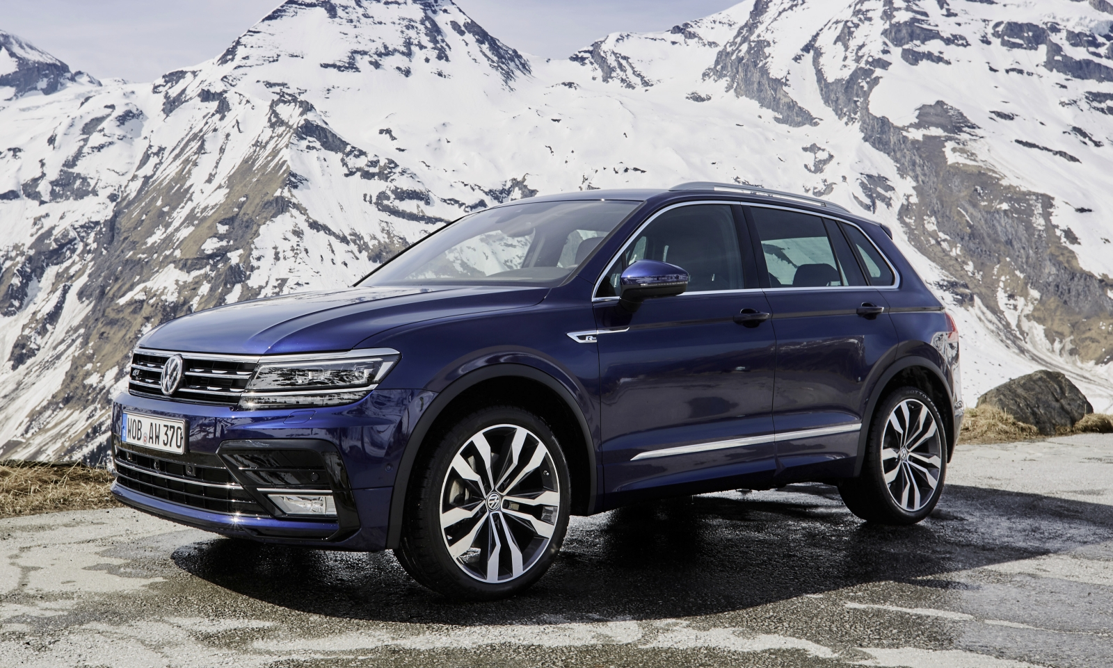 autotest deze volkswagen tiguan of toch een porsche macan. Black Bedroom Furniture Sets. Home Design Ideas