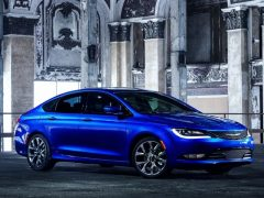 Chrysler-200-1.jpg