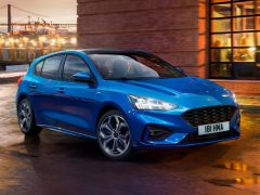 Ford-Focus_ST-Line-2019