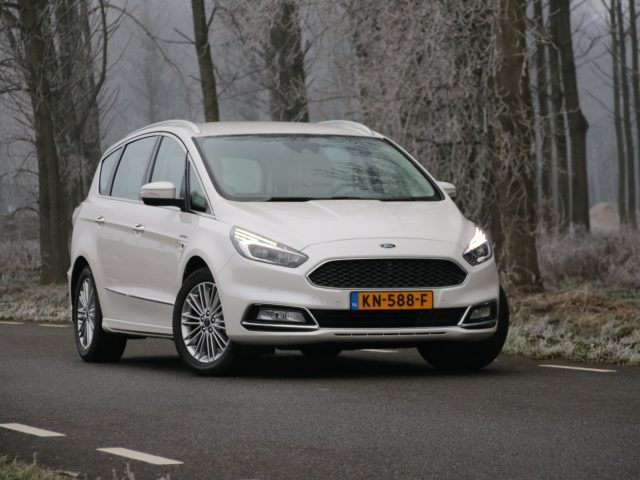 autotest ford s max vignale 2 0 ecoboost. Black Bedroom Furniture Sets. Home Design Ideas