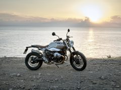 P90203121_highRes_the-new-bmw-r-ninet-1