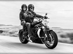 XDiavel_2016_Amb-01_1920x1080_.mediagallery_output_image_[1920x1080]