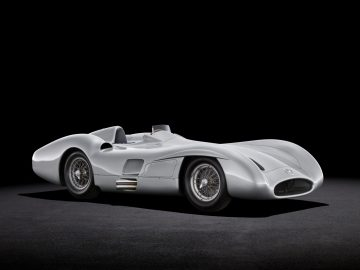 1954-55 2.5-litre streamlined racing car (W 196 R)