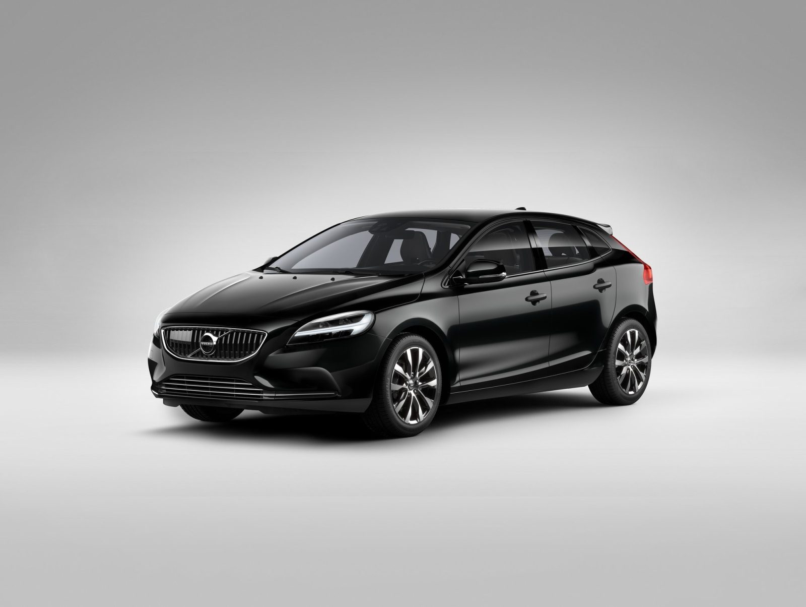 drie nieuwe versies volvo v40. Black Bedroom Furniture Sets. Home Design Ideas