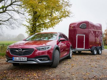 Opel Insignia Exclusive - Opel Insignia Country Tourer