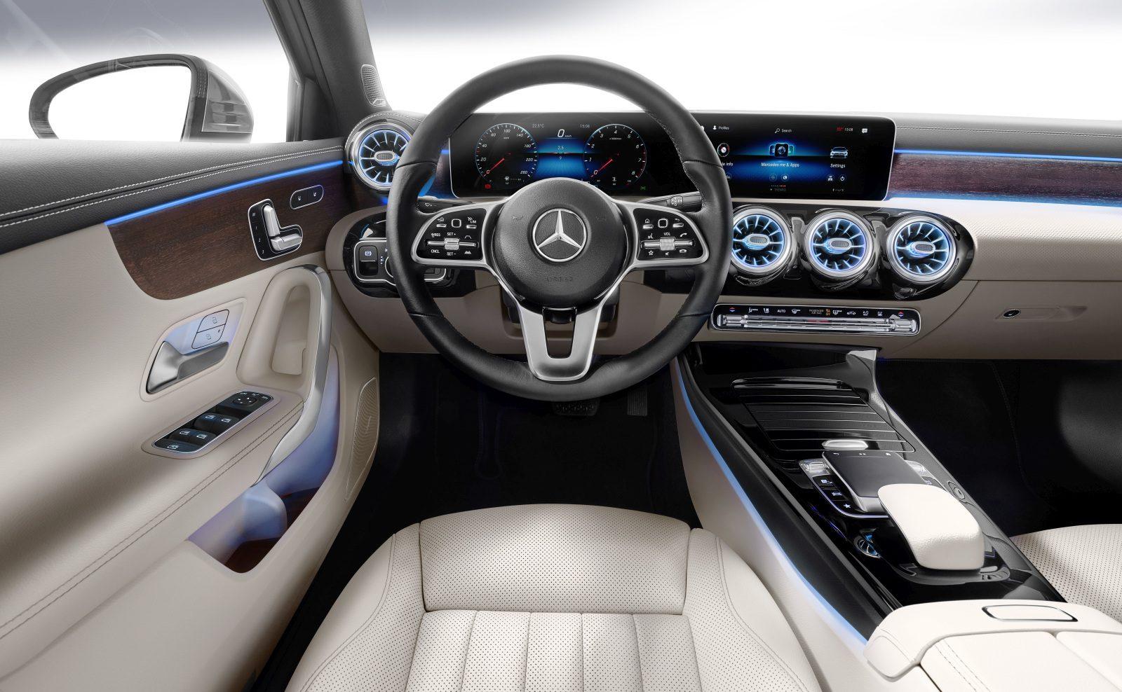 Mercedes Benz A Klasse Limousine Dit Is Hem