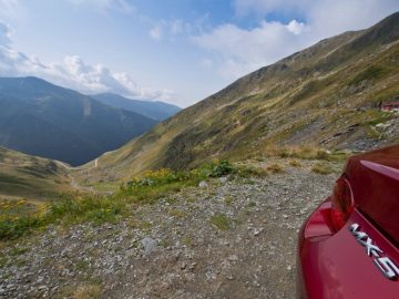 Met de Mazda MX-5 over Transfaragasan Highway