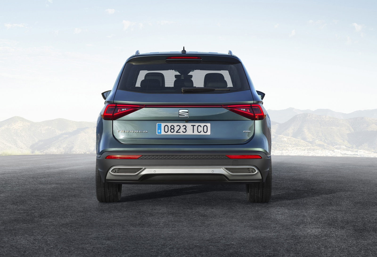 seat tarraco nieuw topmodel in suv formaat. Black Bedroom Furniture Sets. Home Design Ideas