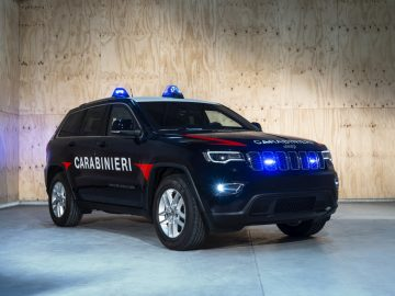 Jeep Grand Cherokee Enlists in the Italian Carabinieri