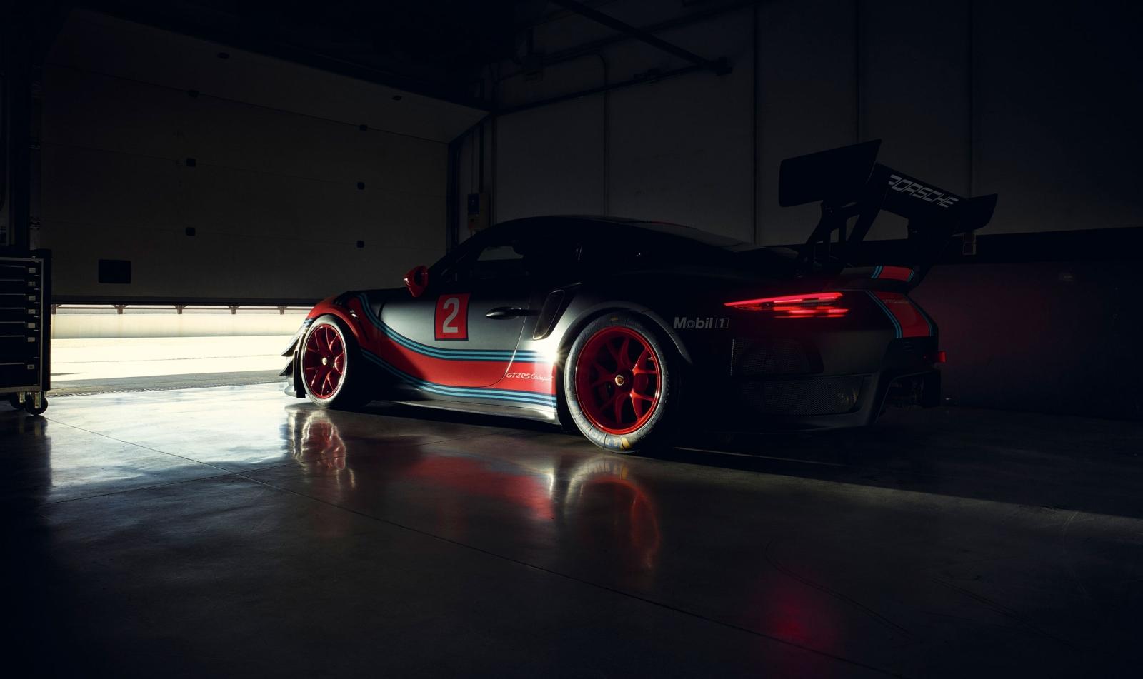 Porsche 911 GT2 RS Clubsport - Type 991 II