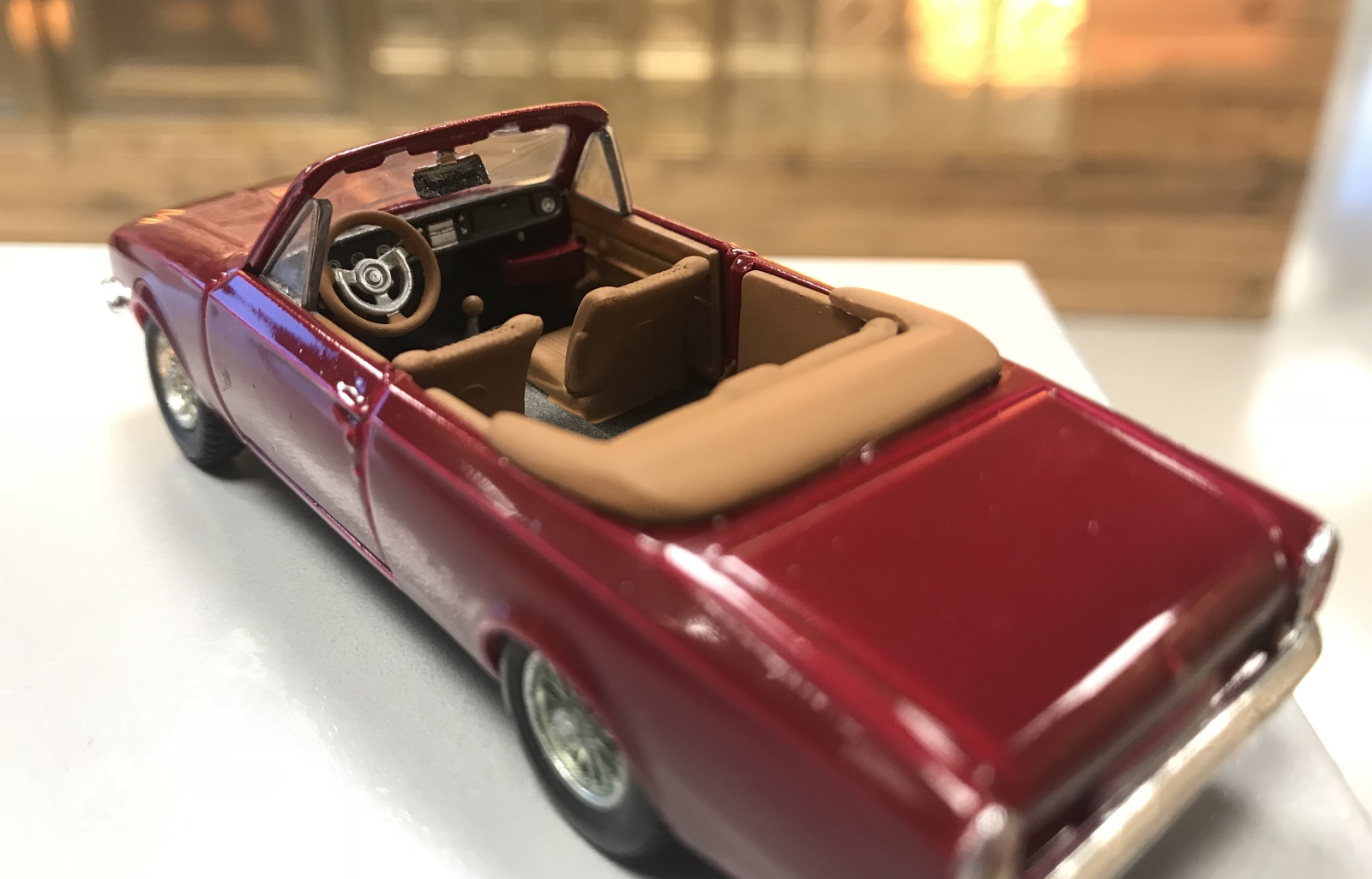 AutoRAI in Miniatuur: Ford Corsair Crayford Convertible