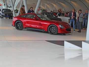 TVR Griffith bij Louwman Exclusive - 2019 AutoRAI.nl
