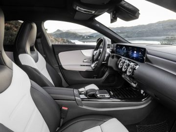Mercedes-Benz CLA Shooting Brake, X118, 2019, AMG-Line, Interieur, digitalweiß   Mercedes-Benz CLA Shooting Brake, X118, 2019, AMG-Line, interior, digital white