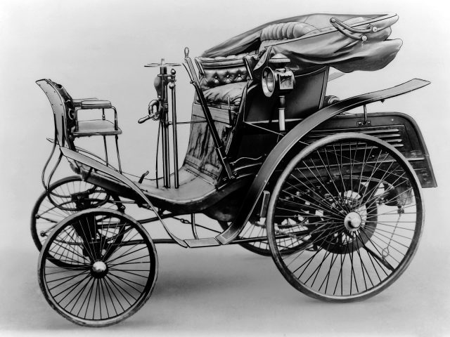 Benz Comfortable mit 2 kW (2,75 PS) Leistung, Produktionszeit ab 1898.   The Benz Comfortable with 2 kW (2.75 hp) power, production time from 1898.
